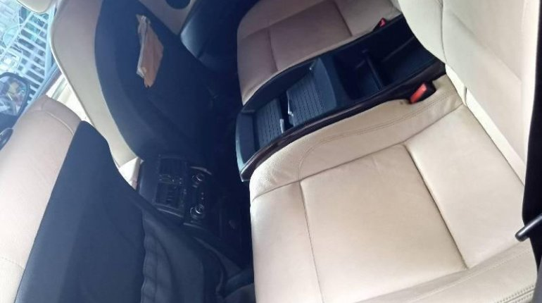 Neat Nigerian used 2011 BMW X6 Automatic Petrol well maintained-1