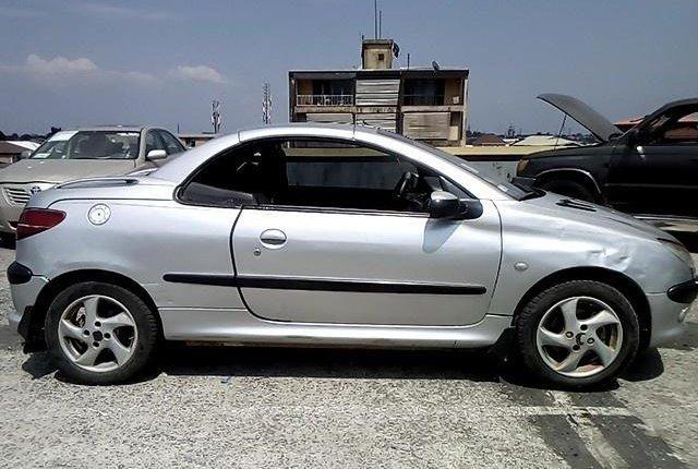Nigeria Used Peugeot 206 2004 Model Silver-7