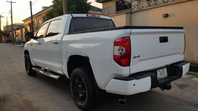 Super Clean Foreign used Toyota Tundra 2016-3