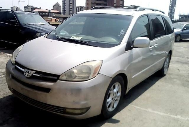 Nigerian Used Toyota Sienna 2004-13