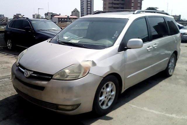 Nigerian Used Toyota Sienna 2004-10