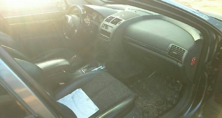 Well Maintained Nigerian used 2007 Peugeot 407-3