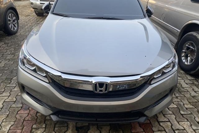 Foreign Used Honda Accord 2017 Model Silver-3