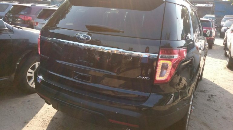 Very Clean Foreign used Ford Explorer 2012-0