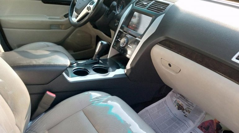 Very Clean Foreign used Ford Explorer 2012-7