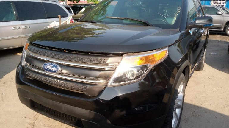 Very Clean Foreign used Ford Explorer 2012-10