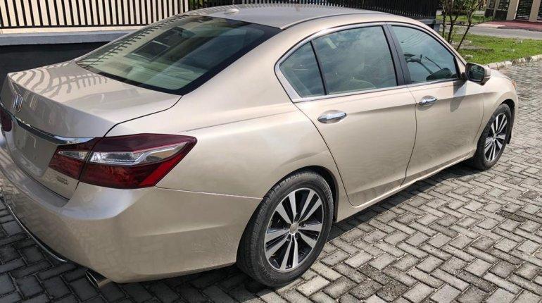 Nigeria Used Honda Accord 2015 Model Gold-2