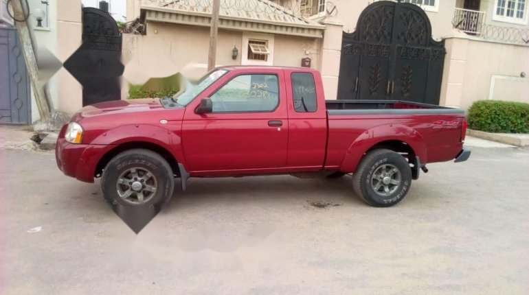 Foreign Used Nissan Frontier 2004 Model Red-8