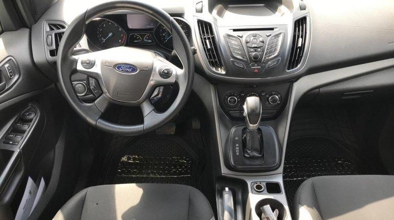 Nigeria Used Ford Escape 2014 Model White-2
