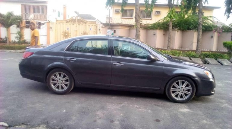 Foreign Used Toyota Avalon 2008 Model Blue-12
