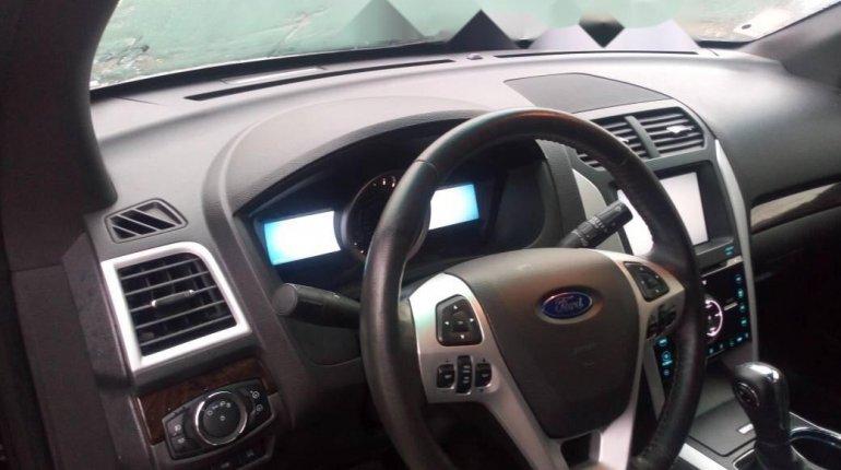 Foreign Used Ford Explorer 2012 Model Black-1