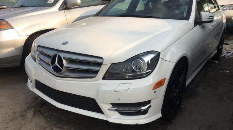 Foreign Used Mercedes-Benz C300 2014 Model White -7