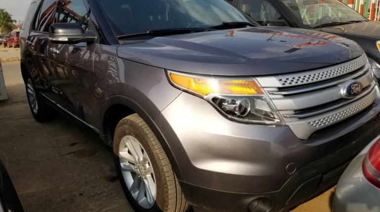 Foreign Used Ford Explorer 2013 Model Gray-6