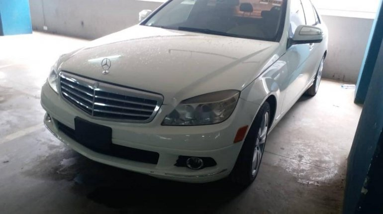 Foreign Used Mercedes-Benz C300 2008 Model White -4