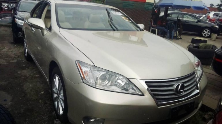 Foreign Used Lexus ES 2011 Model Gold -4