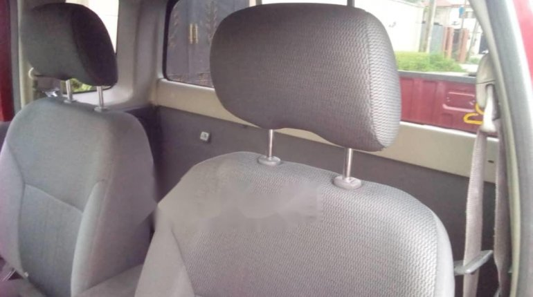 Foreign Used Nissan Frontier 2004 Model Red-5