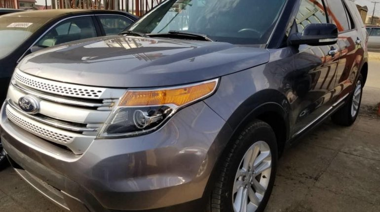 Foreign Used Ford Explorer 2013 Model Gray-10