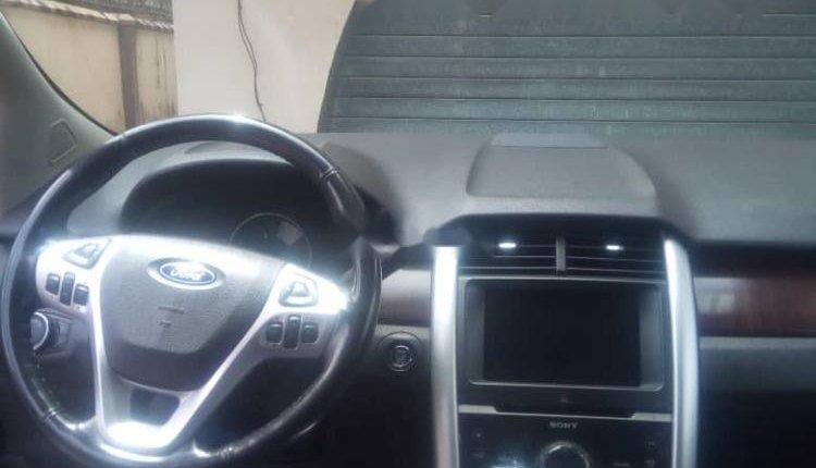 Clean Nigerian used 2011 Ford Edge 3.5-1
