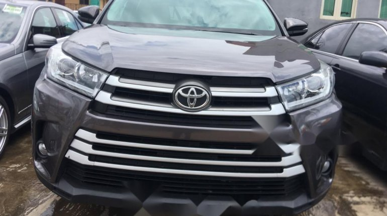 Foreign Used Toyota Highlander 2014 Model Gray-8