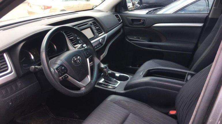 Foreign Used Toyota Highlander 2014 Model Gray-4