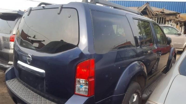 Foreign Used Nissan Pathfinder 2008 Model Blue -0