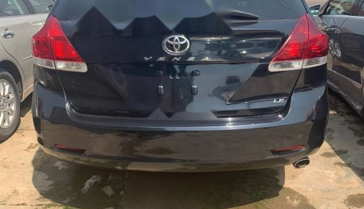 Foreign Used Toyota Venza 2013 Model Blue -6