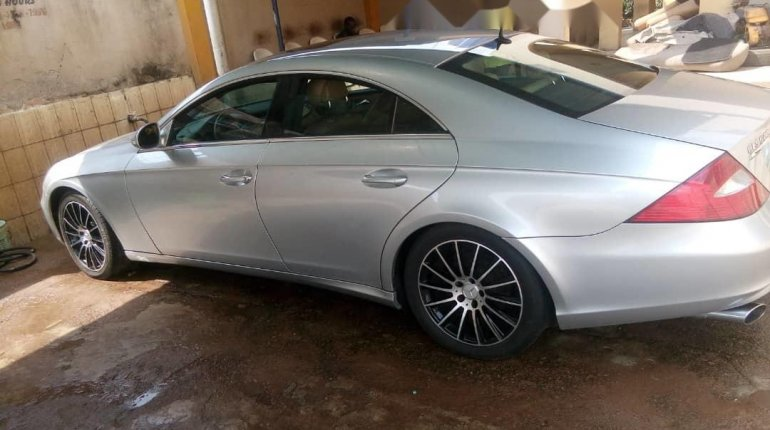Nigeria Used Mercedes-Benz CLS 2008 Model Silver-0