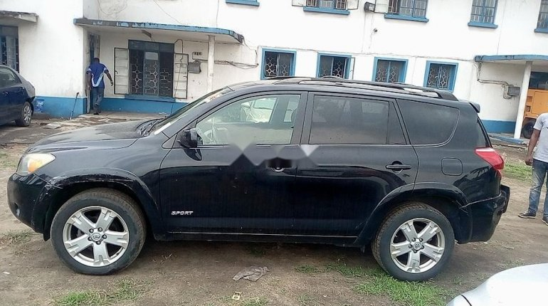 Neat Foreign used Toyota RAV4 2008-4