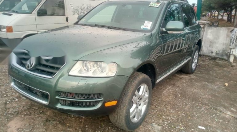 Very Clean Foreign used 2005 Volkswagen Touareg-7