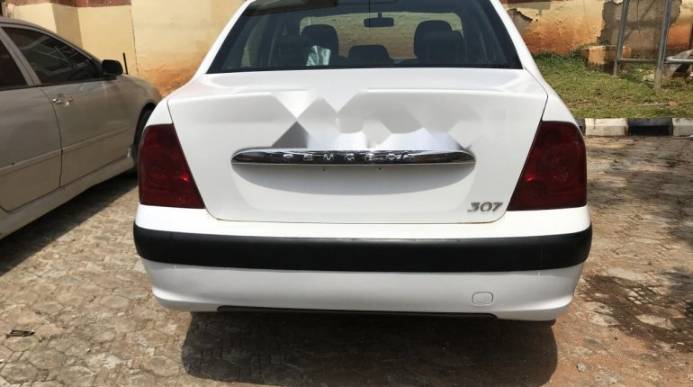 Nigeria Used Peugeot 307 2007 Model White -3