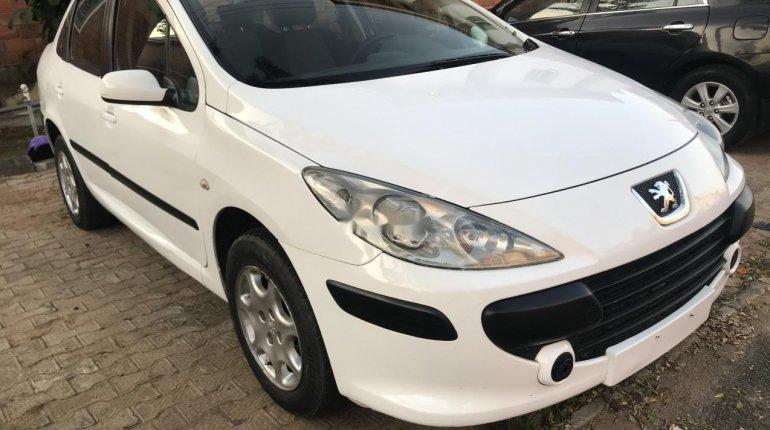 Nigeria Used Peugeot 307 2007 Model White -4