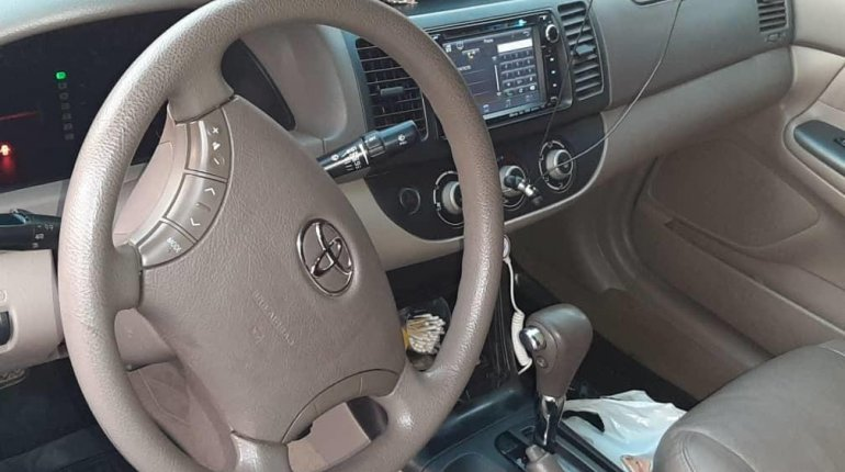 Nigeria Used Toyota Camry 2006 Model Gold -7