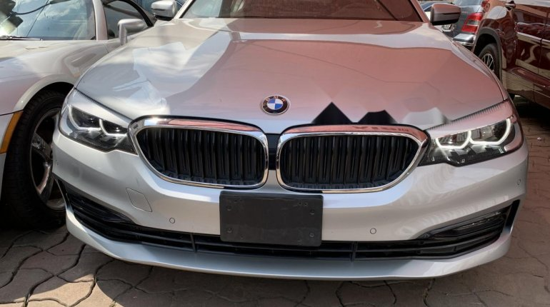 Foreign Used BMW 530i 2017 Model Silver-12