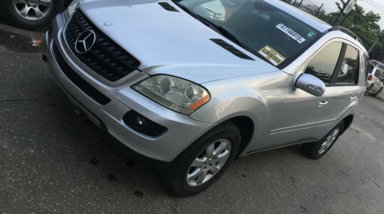 Foreign Used Mercedes-Benz ML350 2006 Model Silver-5