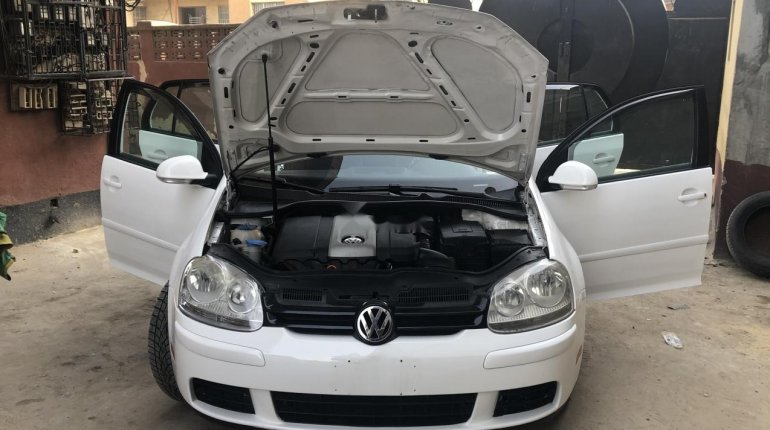 Foreign Used Volkswagen Rabbit 2009 Model White -5