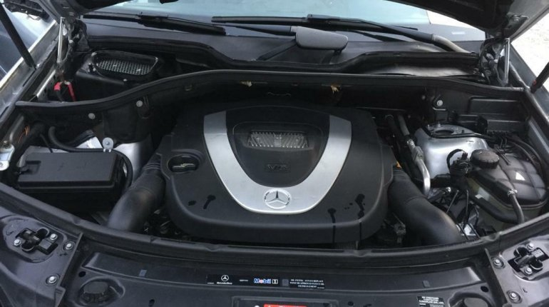 Foreign Used Mercedes-Benz ML350 2006 Model Silver-0