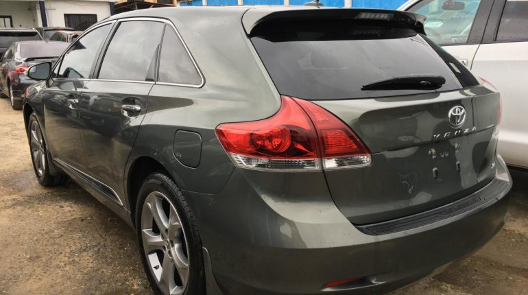 Foreign Used Toyota Venza 2013 Model Green -1