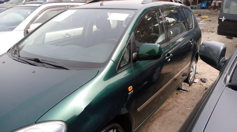 Foreign Used Toyota Avensis 2005 Model Green -5