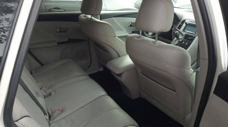 Foreign Used Toyota Venza 2015 Model White -8
