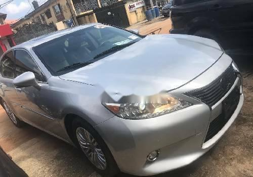 Foreign Used Lexus ES 2015 Model Silver -4