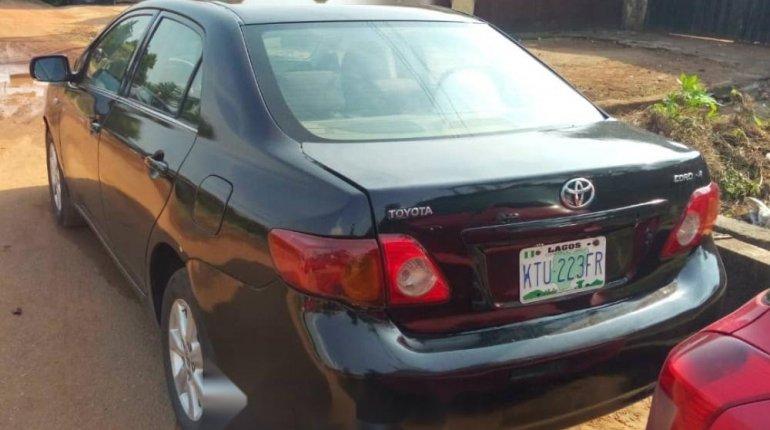 Nigeria Used Toyota Corolla 2010 Model Black -1