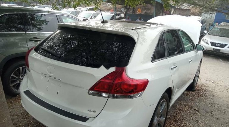 Foreign Used Toyota Venza 2015 Model White -6