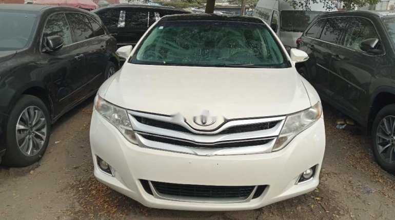Foreign Used Toyota Venza 2015 Model White -0