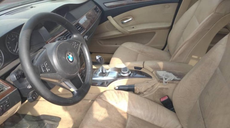 Foreign Used BMW 530i 2005 Model Gold -1