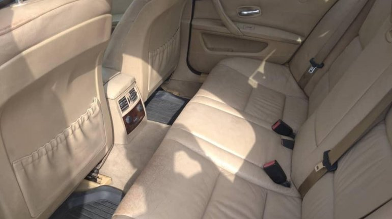 Foreign Used BMW 530i 2005 Model Gold -2