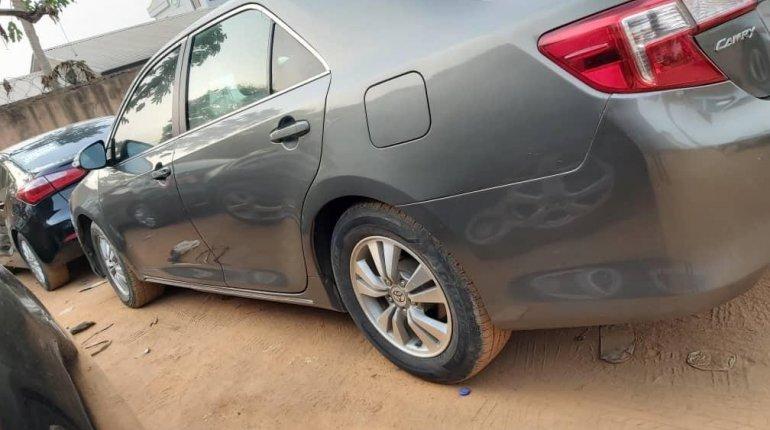 Nigeria Used Toyota Camry 2013 Model Green -1