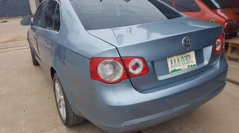 Nigeria Used Volkswagen Jetta 2008 Model Blue -3