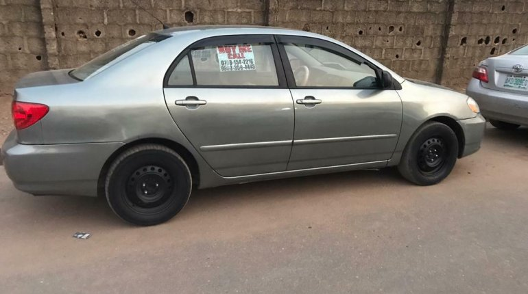 Nigeria Used Toyota Corolla 2004 Model Gray-5