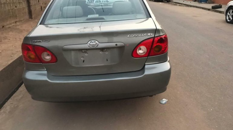 Nigeria Used Toyota Corolla 2004 Model Gray-1
