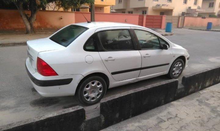 Nigeria Used Peugeot 307 2007 Model White-5